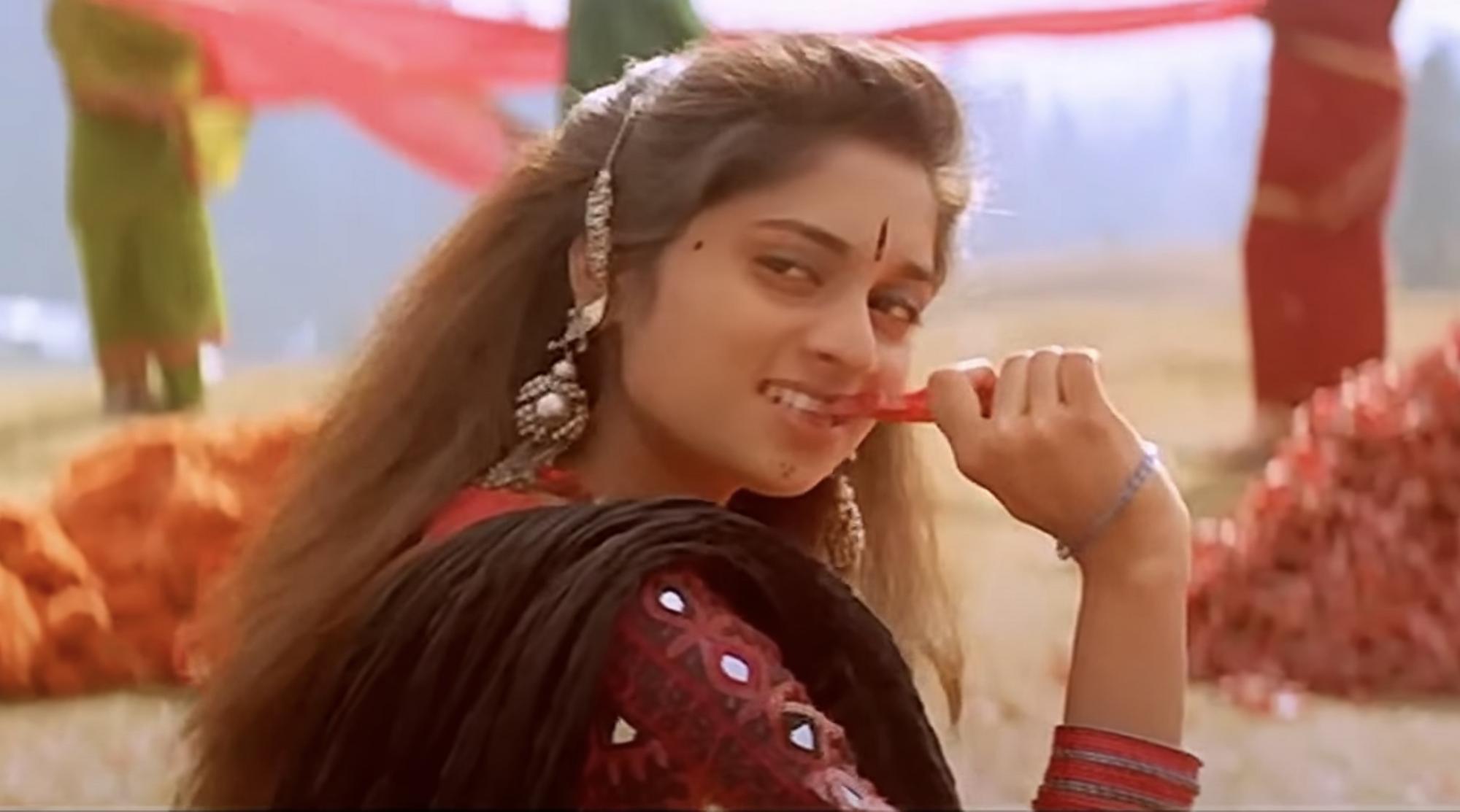 Shalini from Pachai Niramey, Alaipauthey, 2000